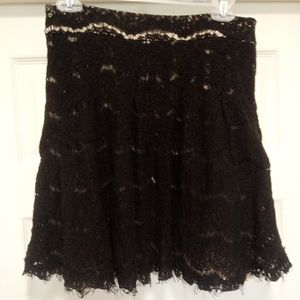 🌈cute 😍 Forever 21🖤 black lace skirt🖤